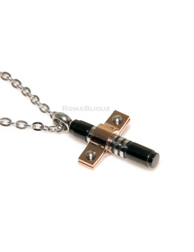 Hypoallergenic and stainless steel: Exclusive necklace cross
